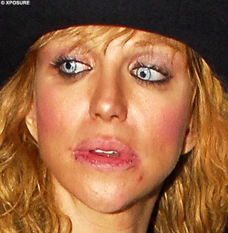 courtney-love-lips