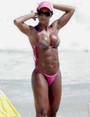 gracyanne-barbosa-praia_f_001